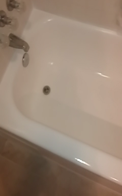 Dallas Bathtub Refinishing new surface